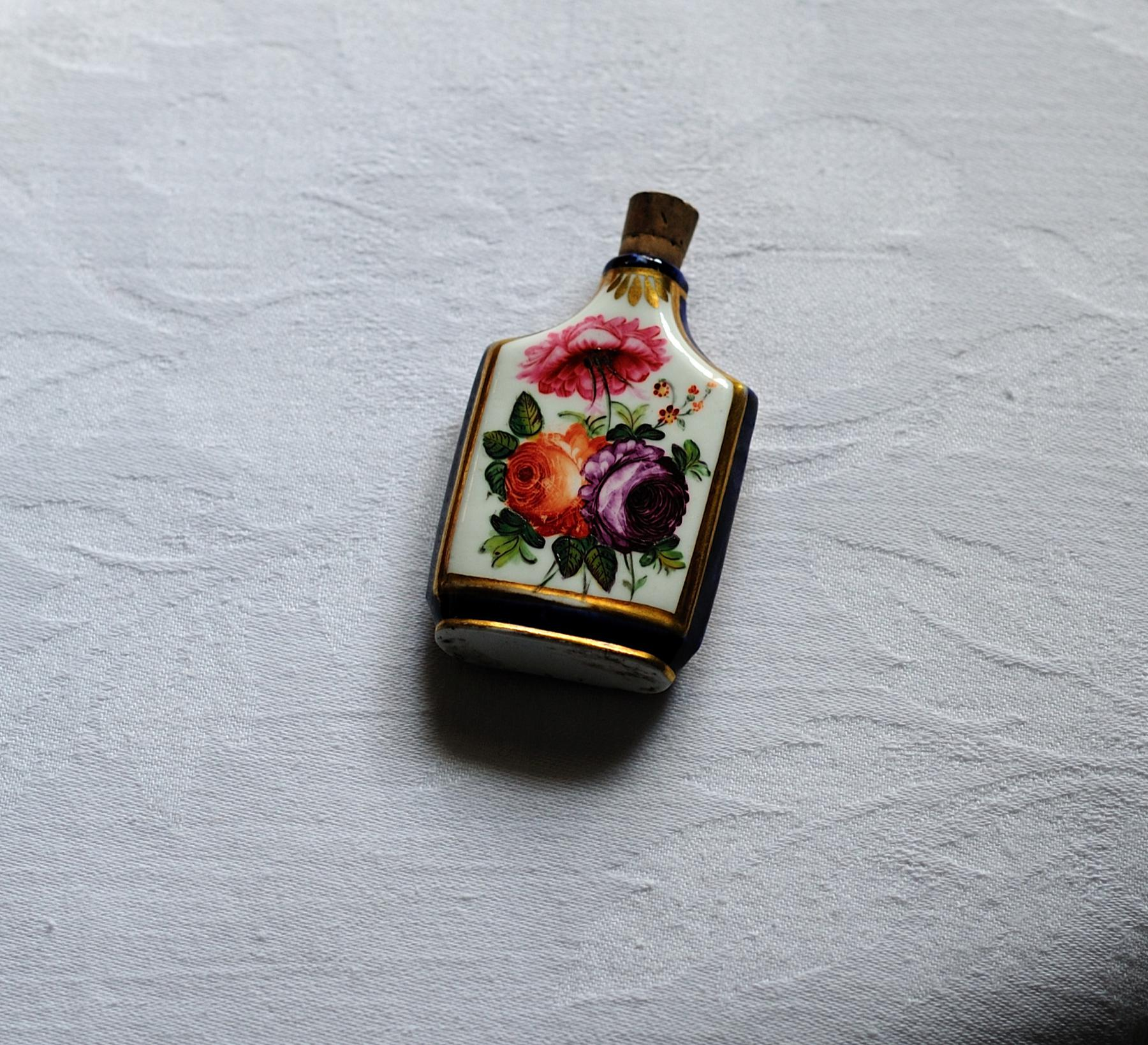 18th Century Porcelain Scent Bottle